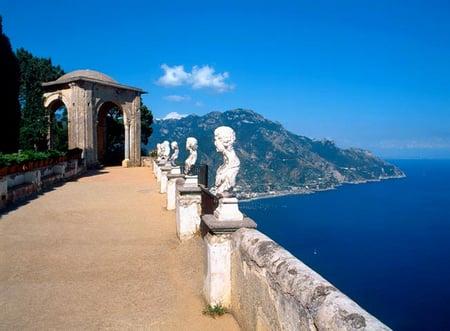 southern-Italy-Tours-villa_cimbrone dreamin amalfi.jpg