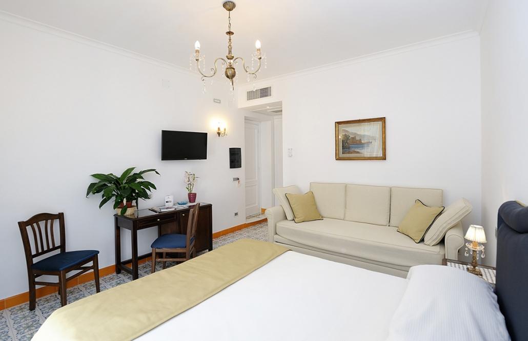 Amalfi Hotel Superior3
