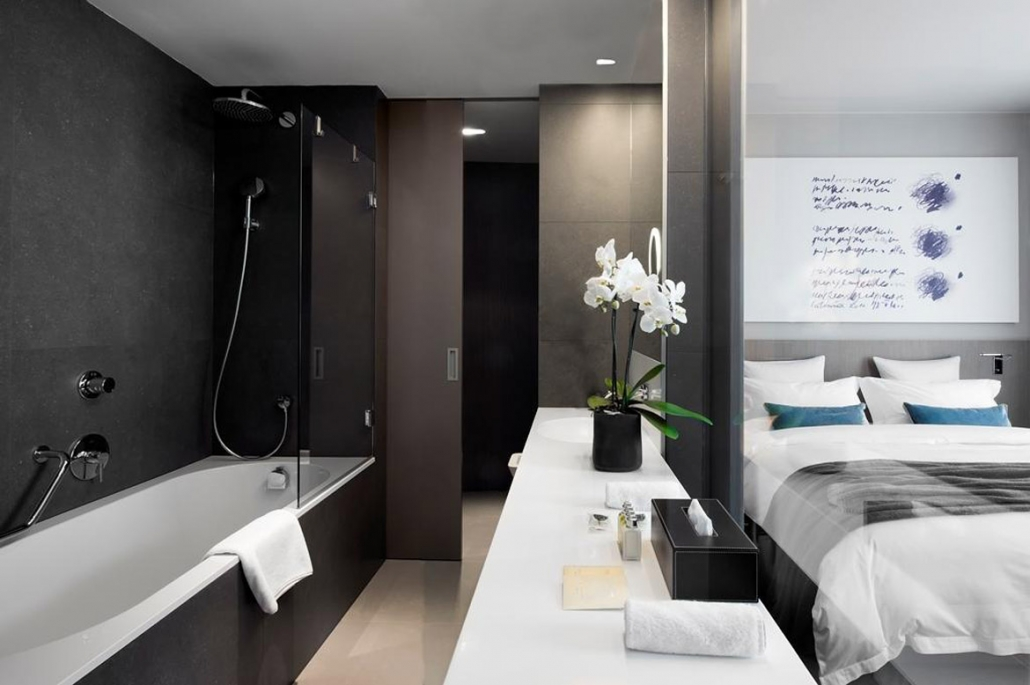Cubo Double Room Bath
