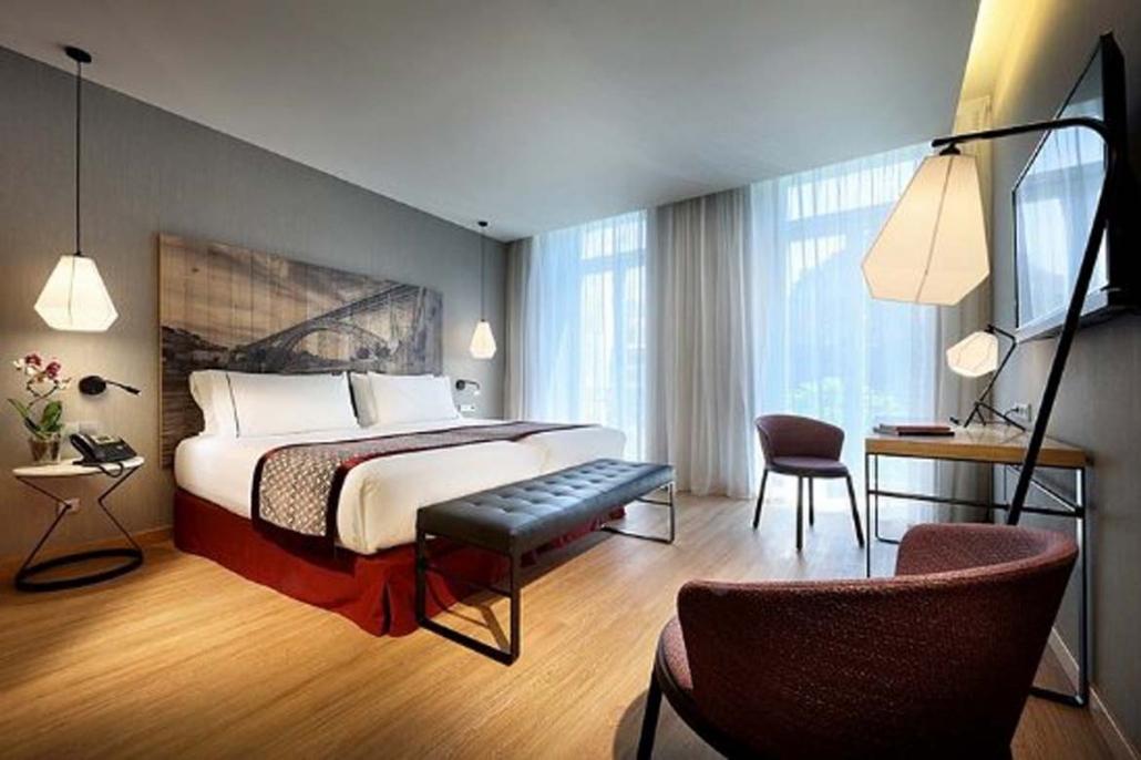 Eurostar Porto Room