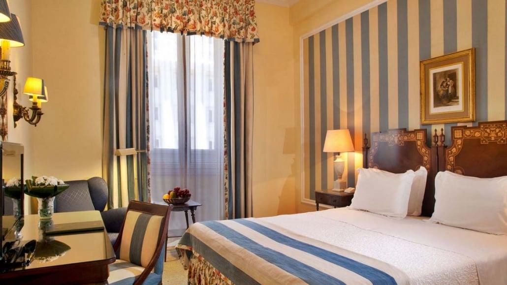 Hotel Avenida Palace Room2