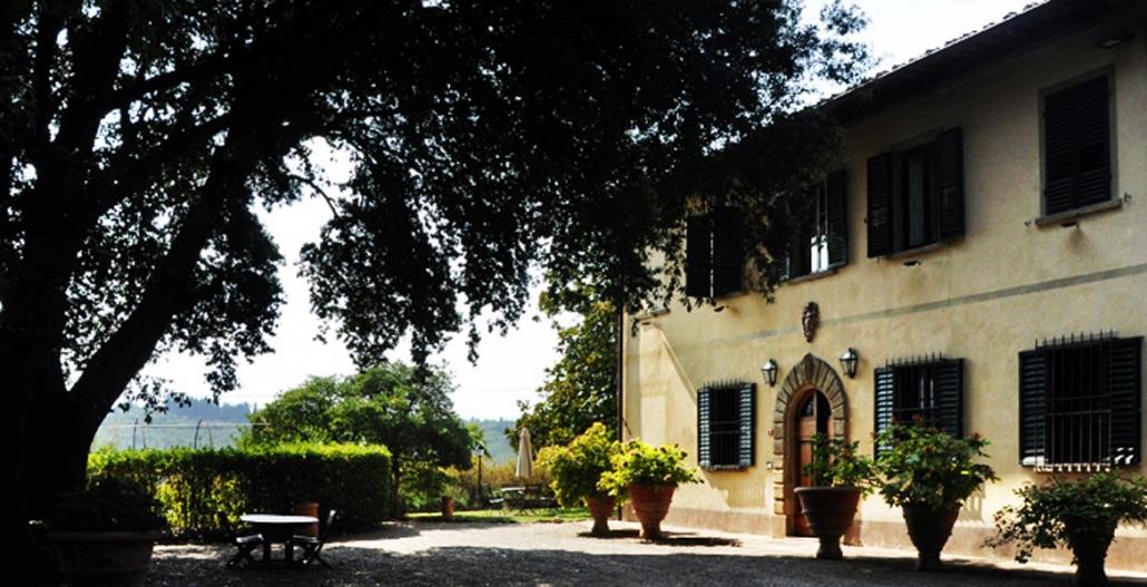 The Villa 6892912742 O